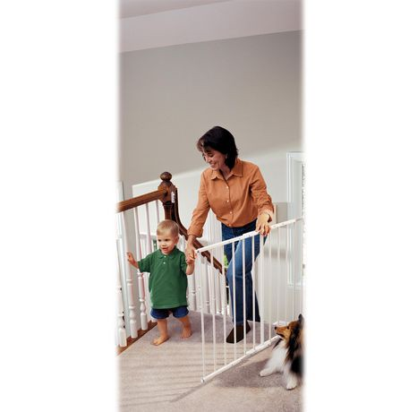 KidCo Safeway® Hardware Mount Top of Stairs Safety Gate ...