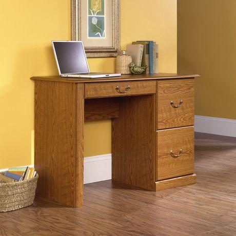 sauder bureau d 39 ordinateur finition ch ne carolina 401562. Black Bedroom Furniture Sets. Home Design Ideas
