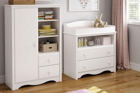 table langer et armoire ange de south shore avec tiroirs. Black Bedroom Furniture Sets. Home Design Ideas