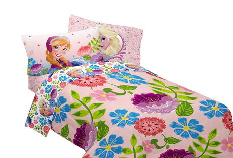 couvre lit r versible motif floral breeze into spring la reine des neiges de disney. Black Bedroom Furniture Sets. Home Design Ideas