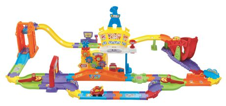 vtech mon super circuit radiocommand tut tut bolides version anglaise. Black Bedroom Furniture Sets. Home Design Ideas