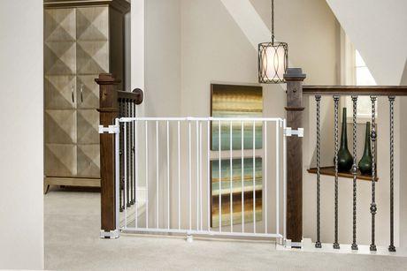 barri re de s curit ajustable regalo pour haut d 39 escalier. Black Bedroom Furniture Sets. Home Design Ideas