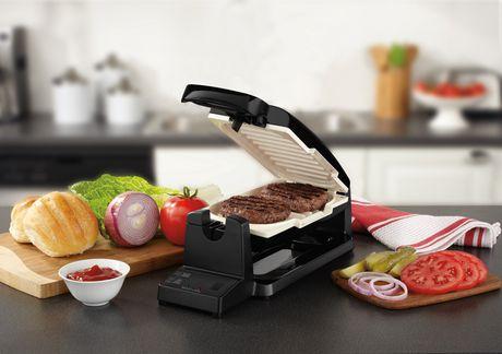Oster 7-Minute Black/Eggshell Duraceramic Coating Grill Black