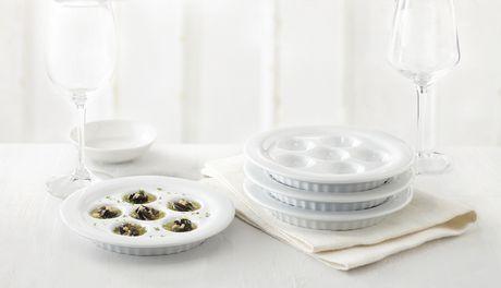 trudeau maison ensemble de 4 assiettes escargots. Black Bedroom Furniture Sets. Home Design Ideas