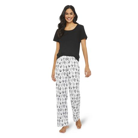 35efacca2 Women s Pajama Sets