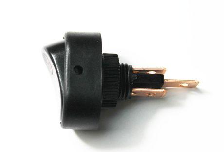 interrupteur d 39 accessories auxiliaire 12 volt. Black Bedroom Furniture Sets. Home Design Ideas