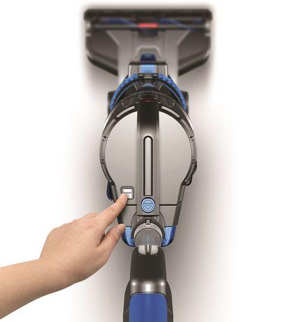 aspirateur vertical sans fil hoover avec mode de surpuissance. Black Bedroom Furniture Sets. Home Design Ideas