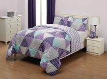 Mainstays Kids Triangle Reversible Microfiber Comforter Set