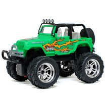 New Bright R/C 1:16 Green Jeep