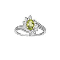 10Kt Birthstone and Diamond White Gold Genuine Peridot and Diamond Ring 5