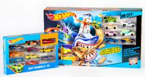 Hot Wheels Color Shifters Sharkport Showdown + 17 Cars