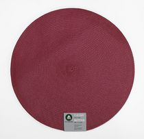 "Home Trends 15"" round woven placemat Red"