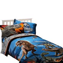 "Universal Studios Home Entertainment Jurassic World ""Dinosaur Attraction"" Twin/Full Comforter"