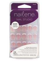 Ongles artificiels avec colle Nail Studio de Nailene - courts