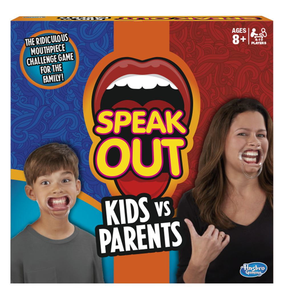 Le jeu de société Speak Out avec une femme et un garçon sur la couverture avec les accessoires du jeu dans la bouche