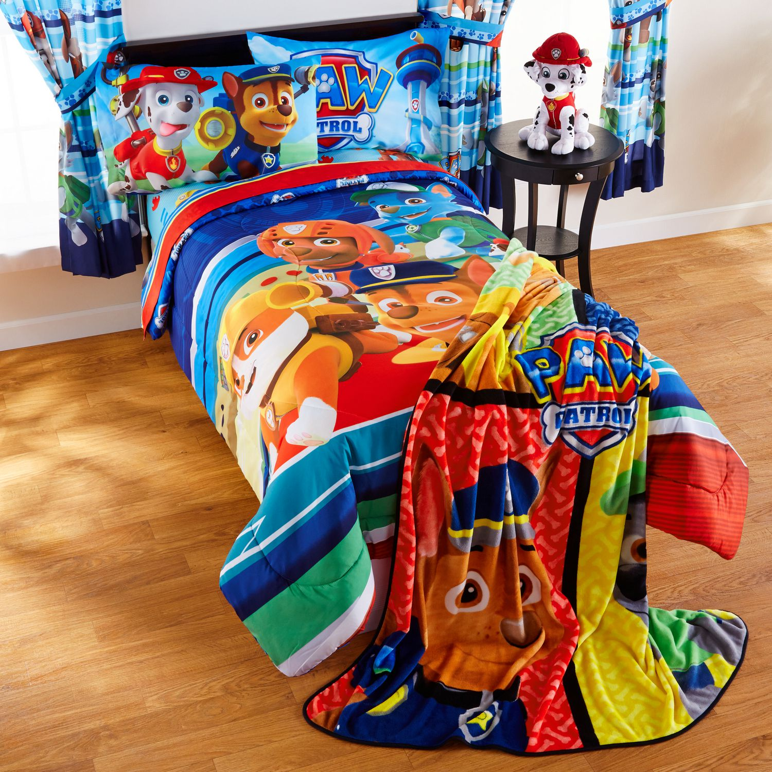 features comforter plastic this pin avengers bed from bedtime twin deluxe delta rescuing children