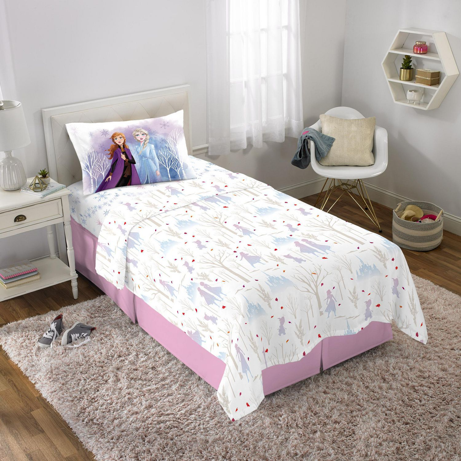Double-Sided Kids Super Soft Bedding Official Disney Product Features Bruni The Salamander Disney Frozen 2 Hot /& Cold 1 Pack Pillowcase