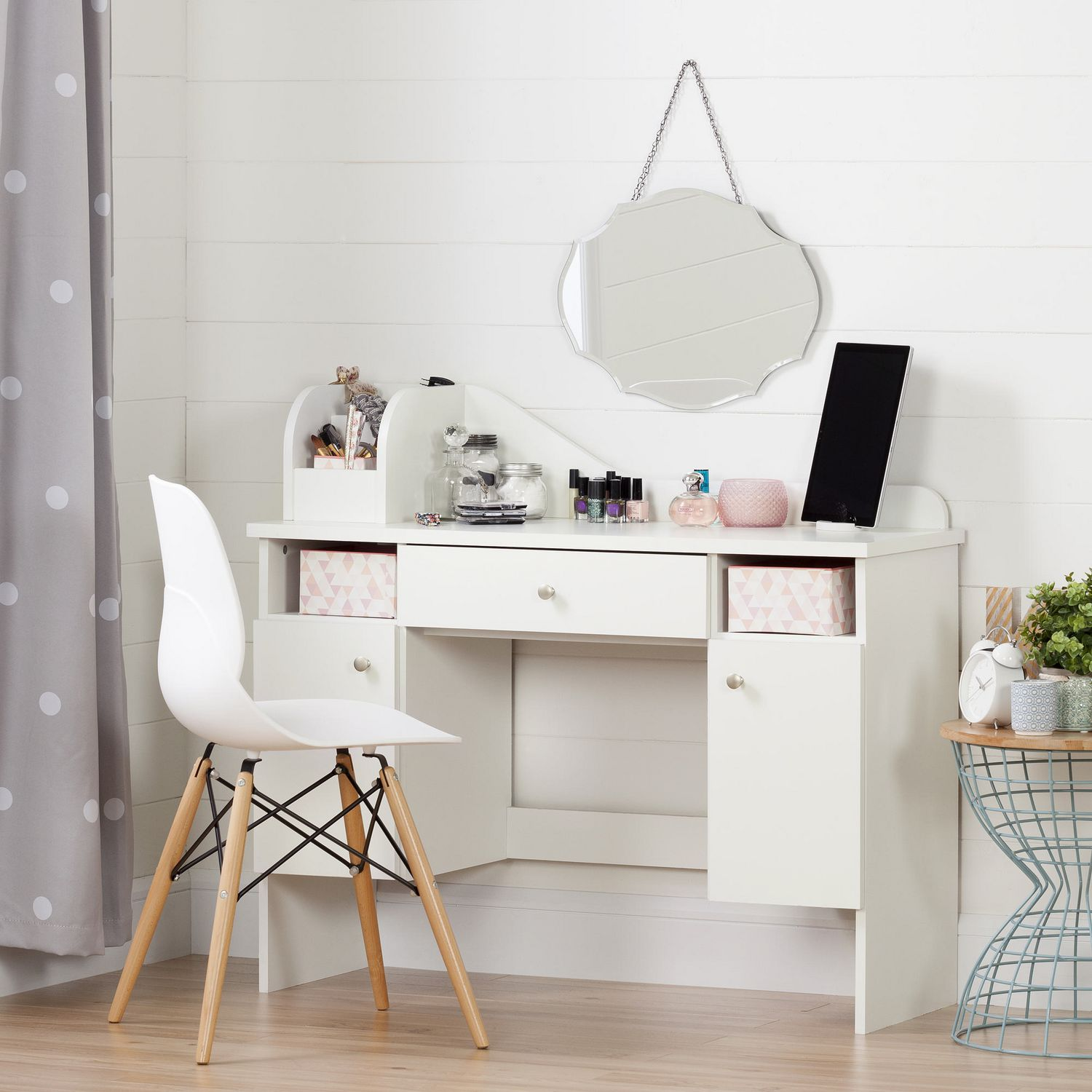 makeup beautiful desk up of vanity make jewelry bedroom table bench dresser sets attachment