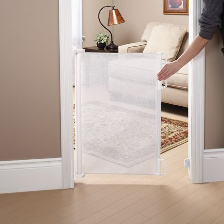bily retractable safety gate white. Black Bedroom Furniture Sets. Home Design Ideas