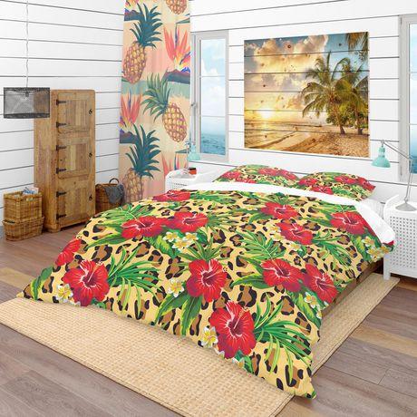 Designart Hibiscus & Plumeria Tropical Flowers with Palm Leaves Tropical Duvet Cover Set - image 1 de 1