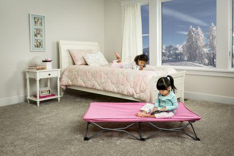 lit de voyage portatif my cot de regalo international. Black Bedroom Furniture Sets. Home Design Ideas