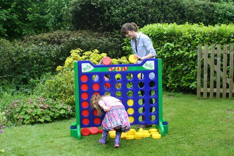 Garden Games Giant Up 4 It Lawn Game