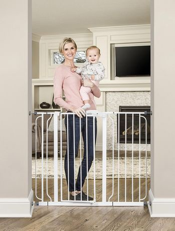Regalo Extra Tall WideSpan Walk Through Baby Safety Gate ...
