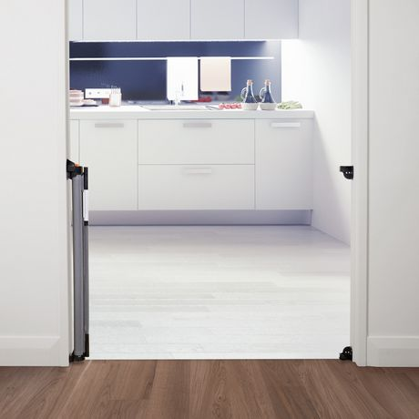 barri re r tractable dreambaby pour int rieure ext rieure en gris pour b b. Black Bedroom Furniture Sets. Home Design Ideas