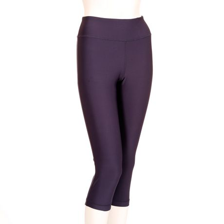 Athletic Works Women's Fitted Capri Leggings - image 1 of 1