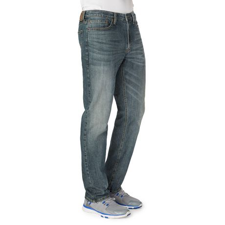 Signature by Levi Strauss   Co. Men s Athletic Jean  758ac0108543
