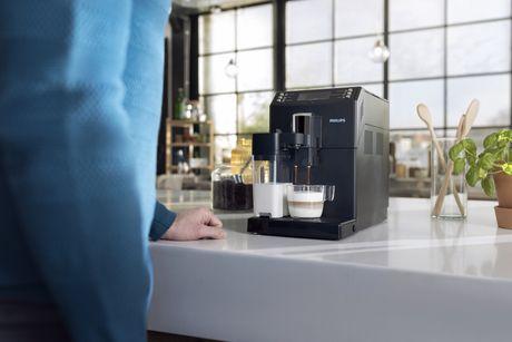 Philips Super-Automatic Espresso & Cappuccino Machine with Carafe, Series 3100, EP3360/14 - image 5 of 5