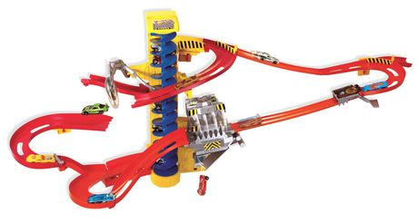 Hot Wheels® Wall Tracks™ Mega Set - image 1 of 2