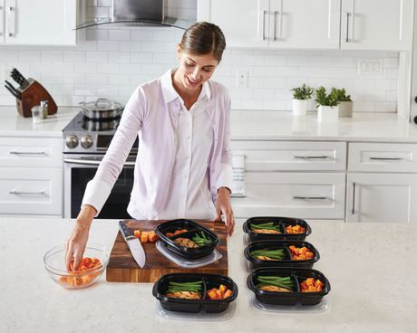 Rubbermaid TakeAlongs 3.7-Cup Food Storage Containers with Divided Base, 10-Piece Set, Black - image 3 of 7