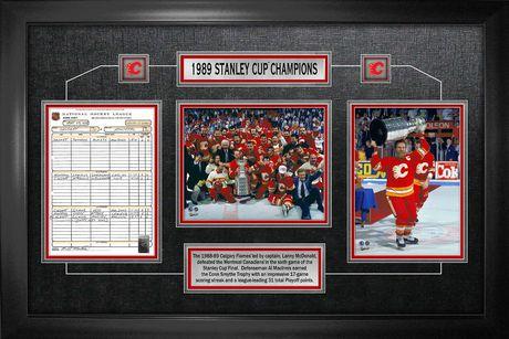 Collage Des Feuilles De Match Encadrées Par Les Flames de Calgary Champions de la Coupe Stanley 1989 - image 1 de 1