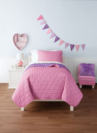 Mainstays Kids Pink Hearts Reversible Quilt Set - image 1 of 1