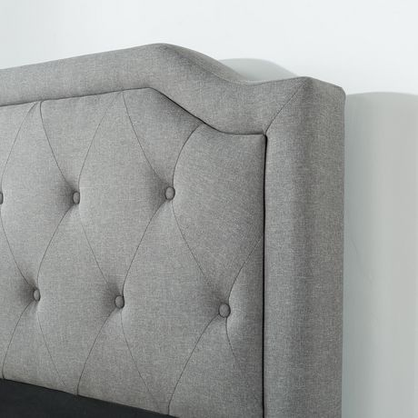 Zinus Upholstered Scalloped Button Tufted Platform Bed