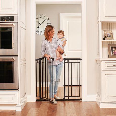 Evenflo Multi Use D 233 Cor Tall Walk Thru Baby Gate Black