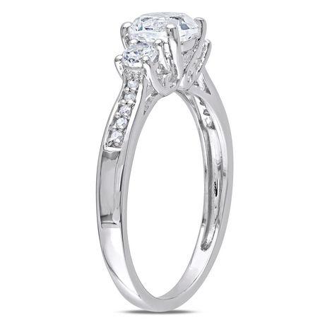 Bague de fiançailles Miabella avec 1.33 carat de saphir blanc synthétique et diamant en or blanc 10k - image 2 de 4