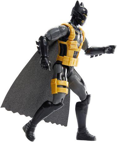 Batman Missions – Mouvements réels – Figurine Batman Combinaison Antitoxine - image 3 de 5