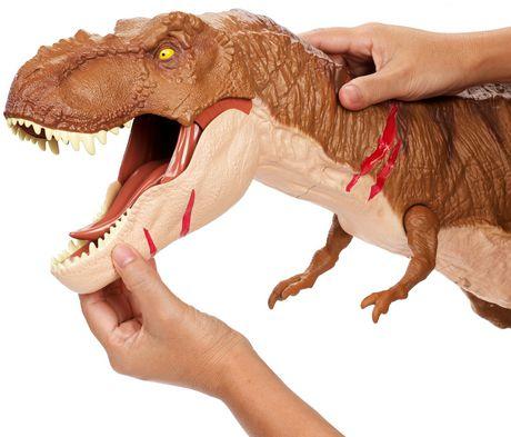 Jurassic World Battle Damage Roarin' Super Colossal Tyrannosaurus Rex Figure - image 3 of 9