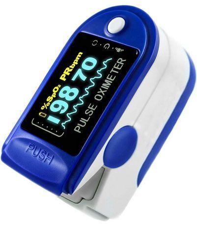 ToronTek G64 pulse oximeter measuring SPO2 and pulse rate OLED screen