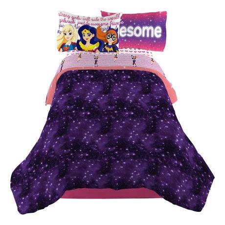 Dc Super Hero Girls Quot Cosmic Girls Quot Reversible Comforter
