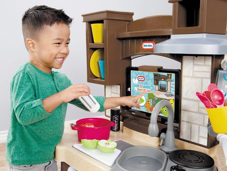 Little Tikes Cook N Learn Smart Kitchen Playset