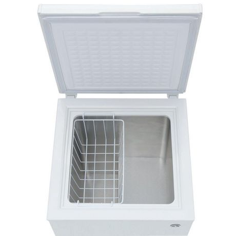 Igloo Frf434 Igloo 3 6 Cu Ft Chest Freezer Walmart Canada
