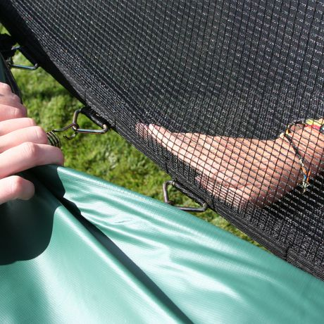 Skywalker Trampolines 15' Green Round Trampoline And Enclosure - image 3 of 8