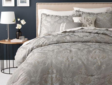 Hometrends Gold And Silver Lines Comforter Set Walmart