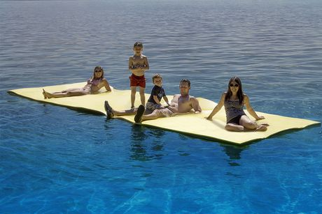 The Raft Floating Water Mat 20 Walmart Canada