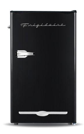 Frigidaire Retro 3.2 cu ft Dry Erase Fridge - image 3 of 3