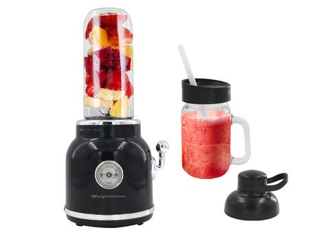 Frigidaire 300W Retro Smoothie Maker, Black - image 1 of 2