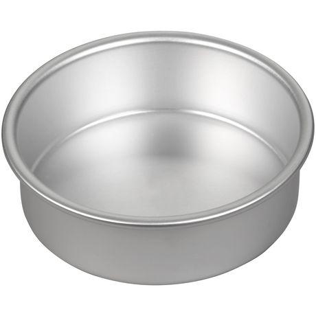 Moule à gâteau rond 6 x 2 po en aluminium Performance Pans Wilton - image 2 de 4